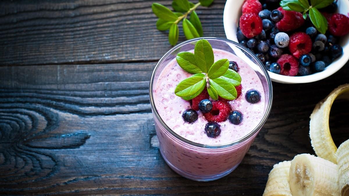 Spring berry shake