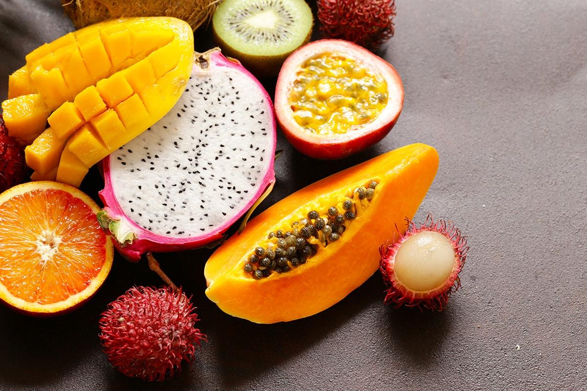 Mangos, papaya, kiwi and other fruits
